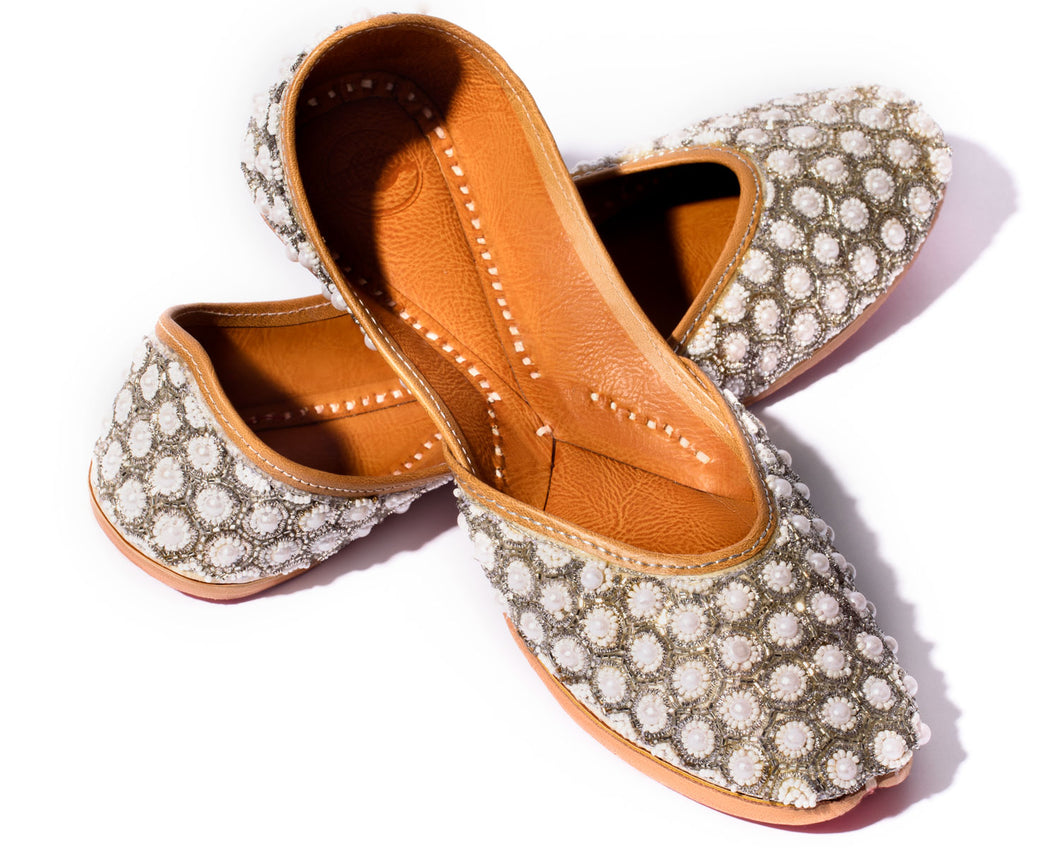 Jasmine Flower - Beaded Women's Jutti Flats