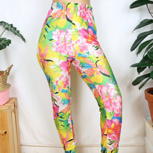Load image into Gallery viewer, Tropical Floral Leggings