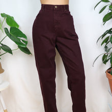 Load image into Gallery viewer, Plum Denim Mom Jeans 33W