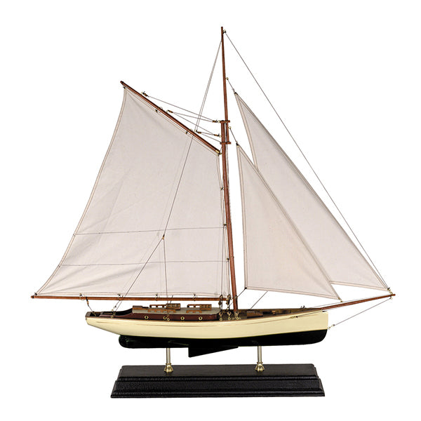 AM Living | 1930s Classic Yacht, Large