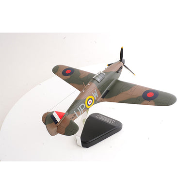 AM Living | Hawker Hurricane R4118