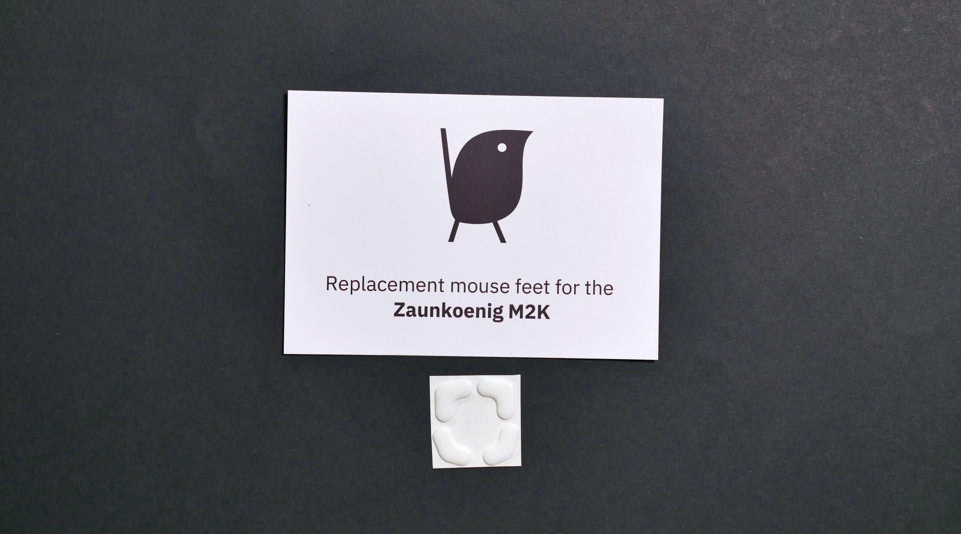 This picture shows the bottom of a Zaunkoenig M1K with its Hyperglide mouse feet.