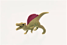 Load image into Gallery viewer, 380089 IWAKO DINO SPINOSAURUS ERASER-GREEN-1 ERASER