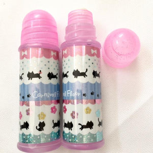 051431 Qlia Water Glue-Cats-1 glue