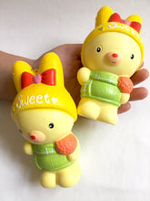 Load image into Gallery viewer, 832221 RABBIT SQUISHY-slowrise-1 piece