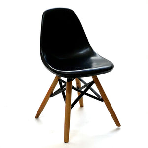 75142 DSW Dinning Chair-Black-1 chair