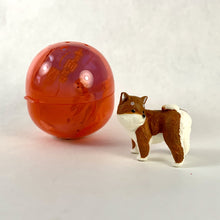 Load image into Gallery viewer, 70829 TURNING DOG CAPSULE-6 pieces
