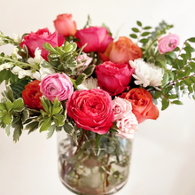 Load image into Gallery viewer, Valentines Day Arrangements