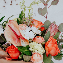 Load image into Gallery viewer, Large Hand-Tied Bouquet