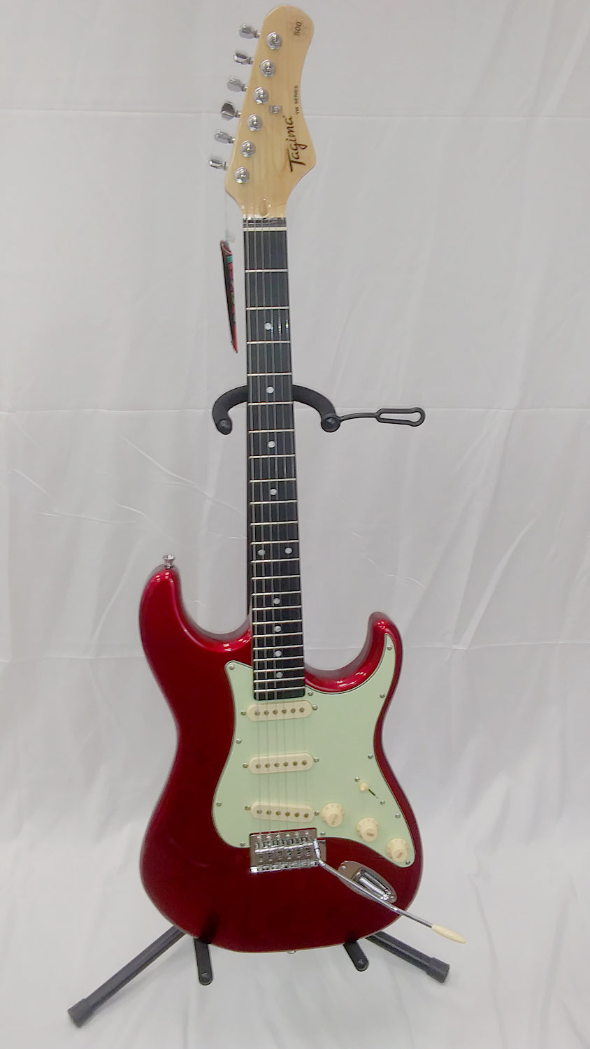 Tagima TG-500 CA-DF/MG Strat Style Electric Guitar Candy Apple Red