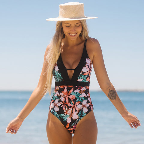 One-piece Swimsuit with Back Cutout