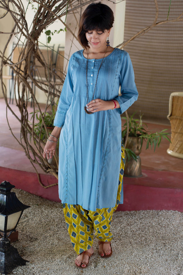 Lace Tucked Kurta
