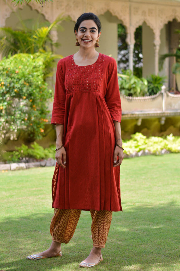 Shell Tucked Kurta