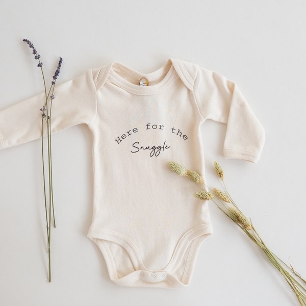 'Here for the snuggle ©' Organic Bodysuit
