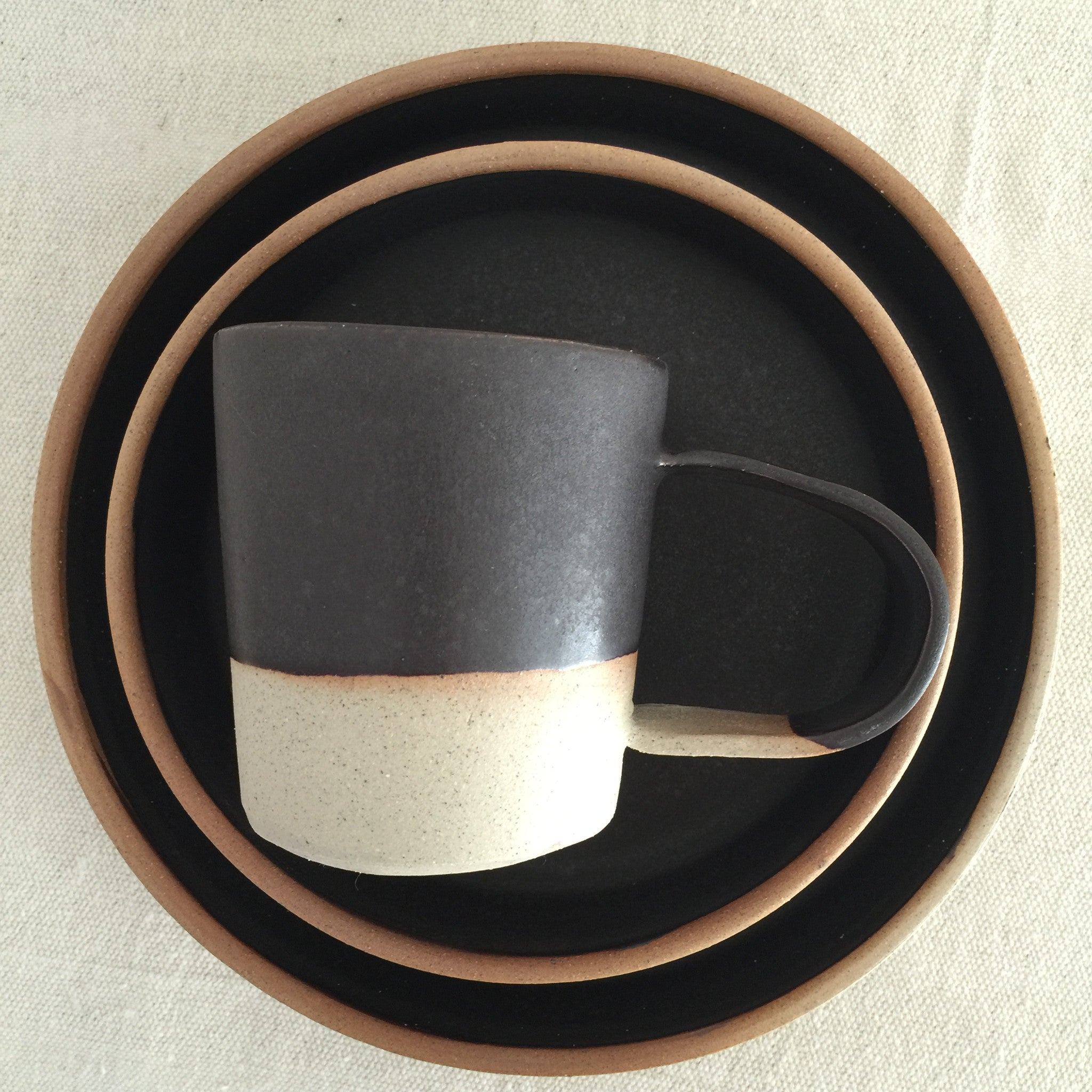Satin Black + Natural dish set