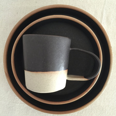Black + Natural dish set
