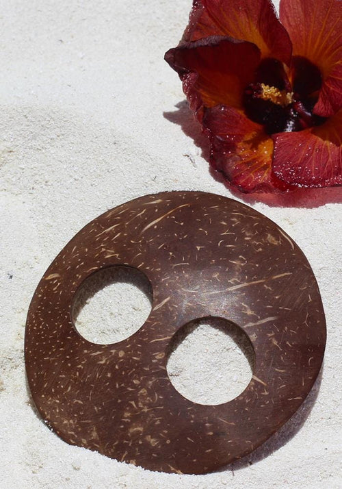 Coconut Shell Round Tie