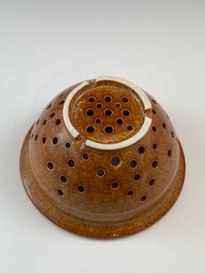 Nutmeg Brown Colander