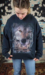 Wolf Head Over Water - sz L+