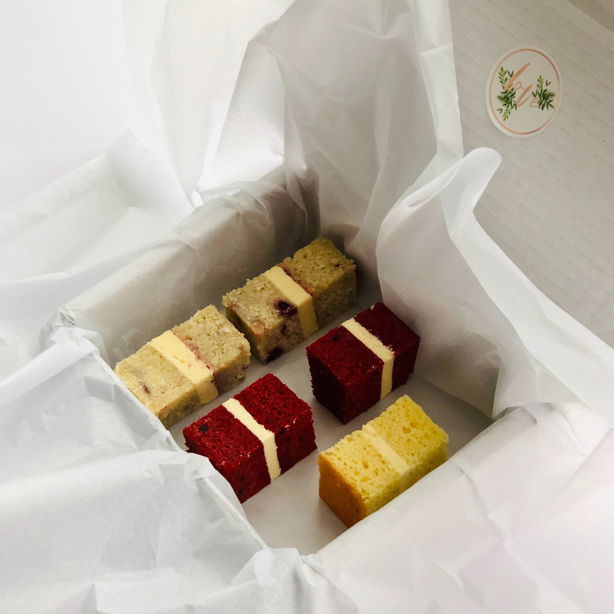 wedding cake taster box