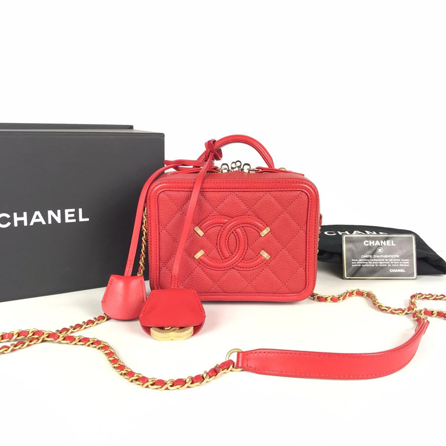 Chanel Vanity Case in Red with gold hardware