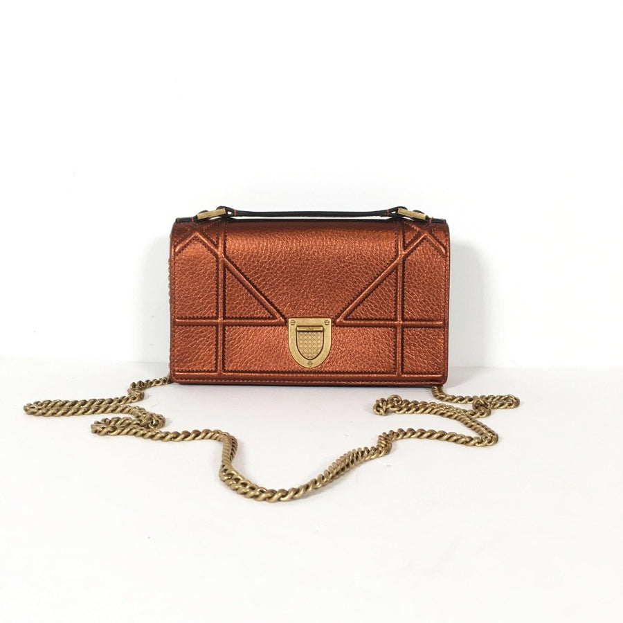Dior Pouch Wallet On Chain (WOC)