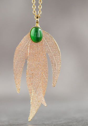 Beaded Pendant Leaf Necklace