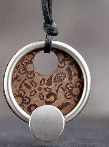 Round Wooden Fashion Necklace