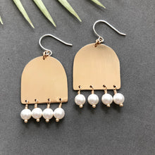 Load image into Gallery viewer, Spring Demi-lune Earrings - E135