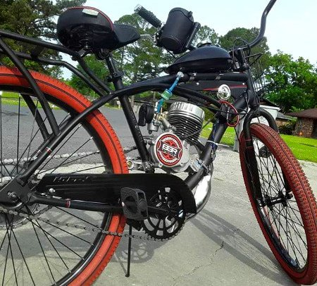 2-stroke motorized bicycle with BBR Tuning 2-stroke engine.
