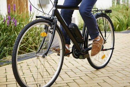 E-bike motor on bicycle with battery.