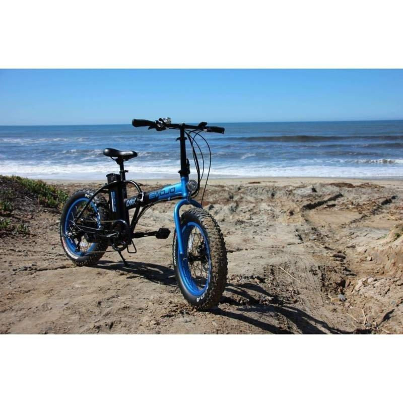E-Mojo 500W Lynx PRO Fat Tire Folding bicycle parked at the beach