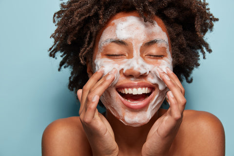 How To Treat Your Oily Skin- Unblemished Skincare Solutions