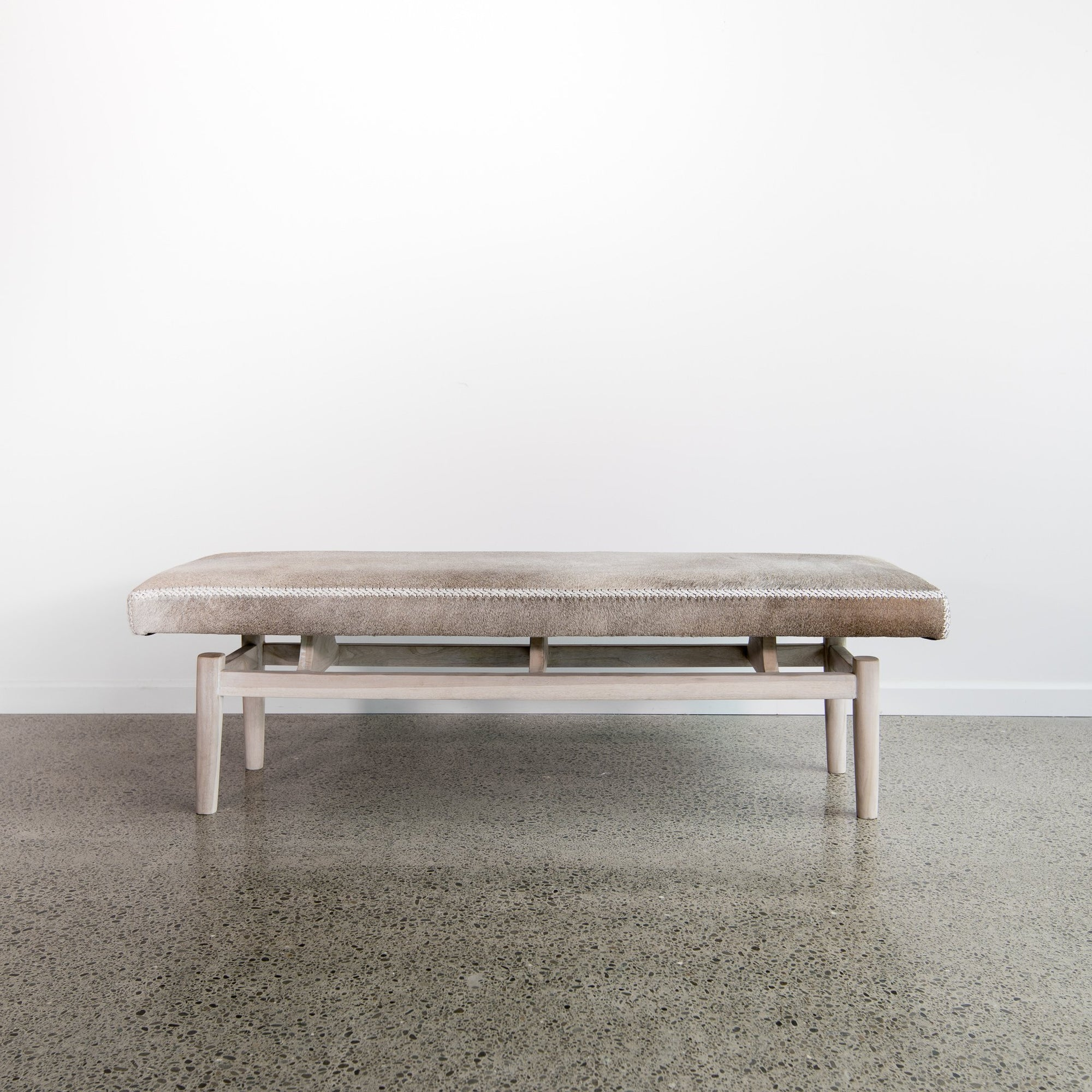 Argentinean Cowhide Bench (Chalk) (L)