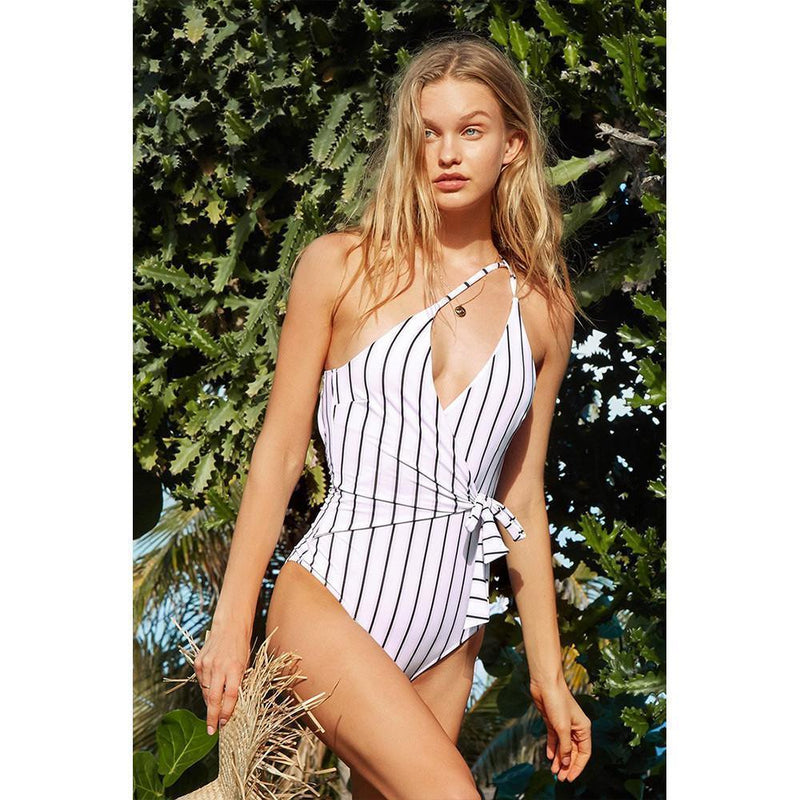 Black&White Stripe One-Piece Swimsuit