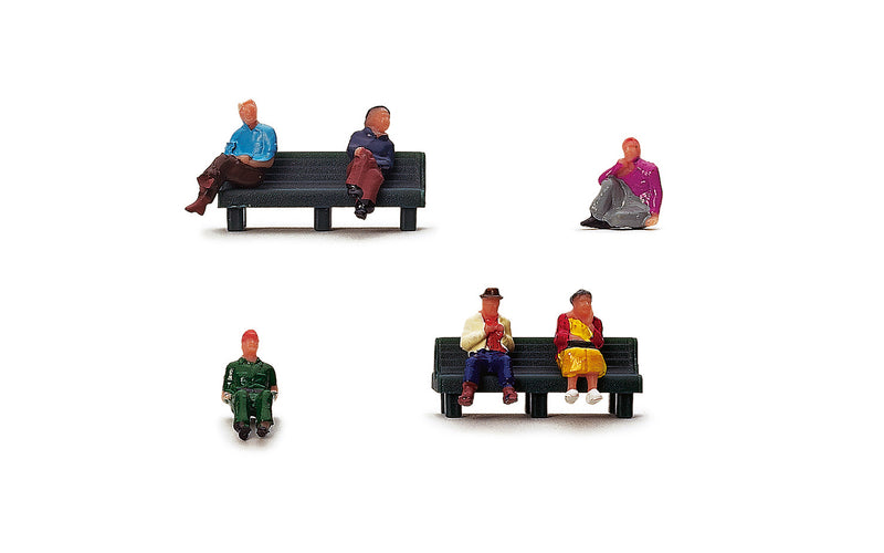 Hornby Sitting People - R7119