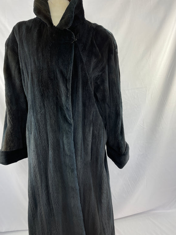 Black Shorn and Dyed Fully Stranded Mink Coat with 1/2 Belt