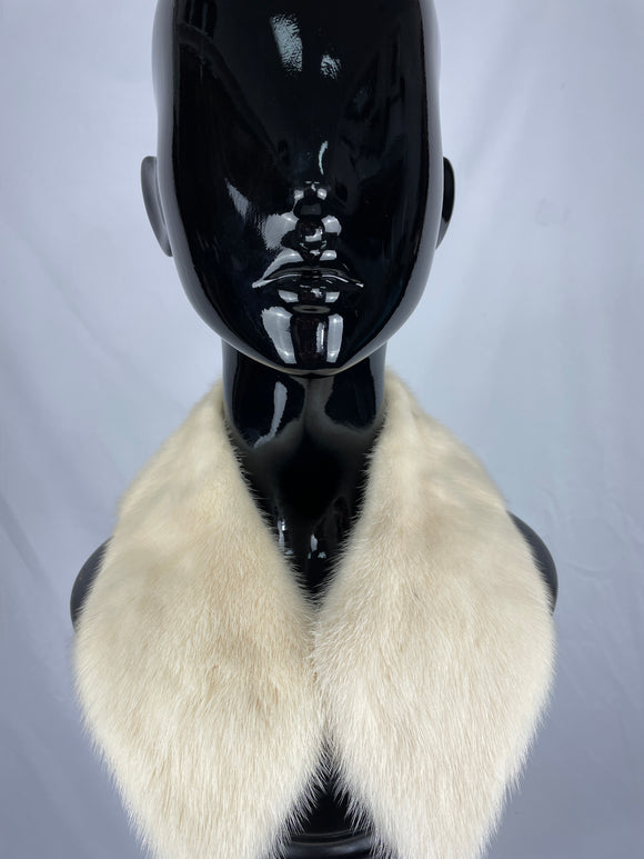 Natural Pearl Mink Collar