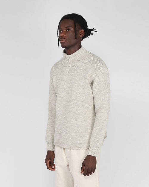 WIDE NECK SWEATER / LIMESTONE