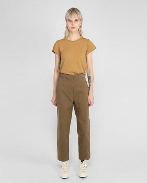 CINCHED BACK TAPERED TROUSER / KHAKI