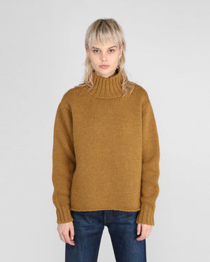 WIDE NECK SWEATER / MUSTARD