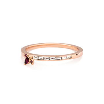 Daisy Ring - Ruby
