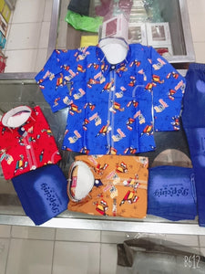 Kids printed shirt & jeans