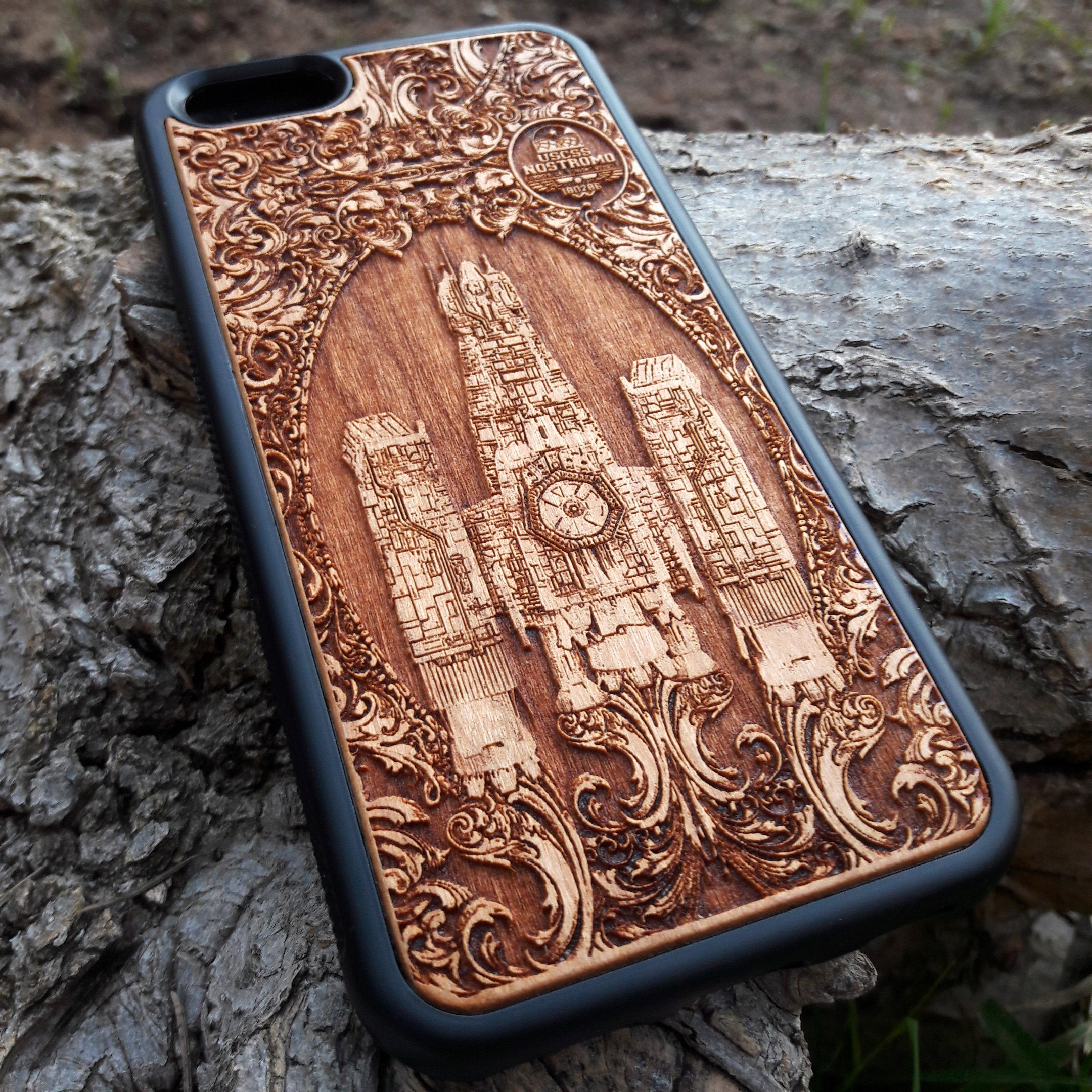 alien wood phone case