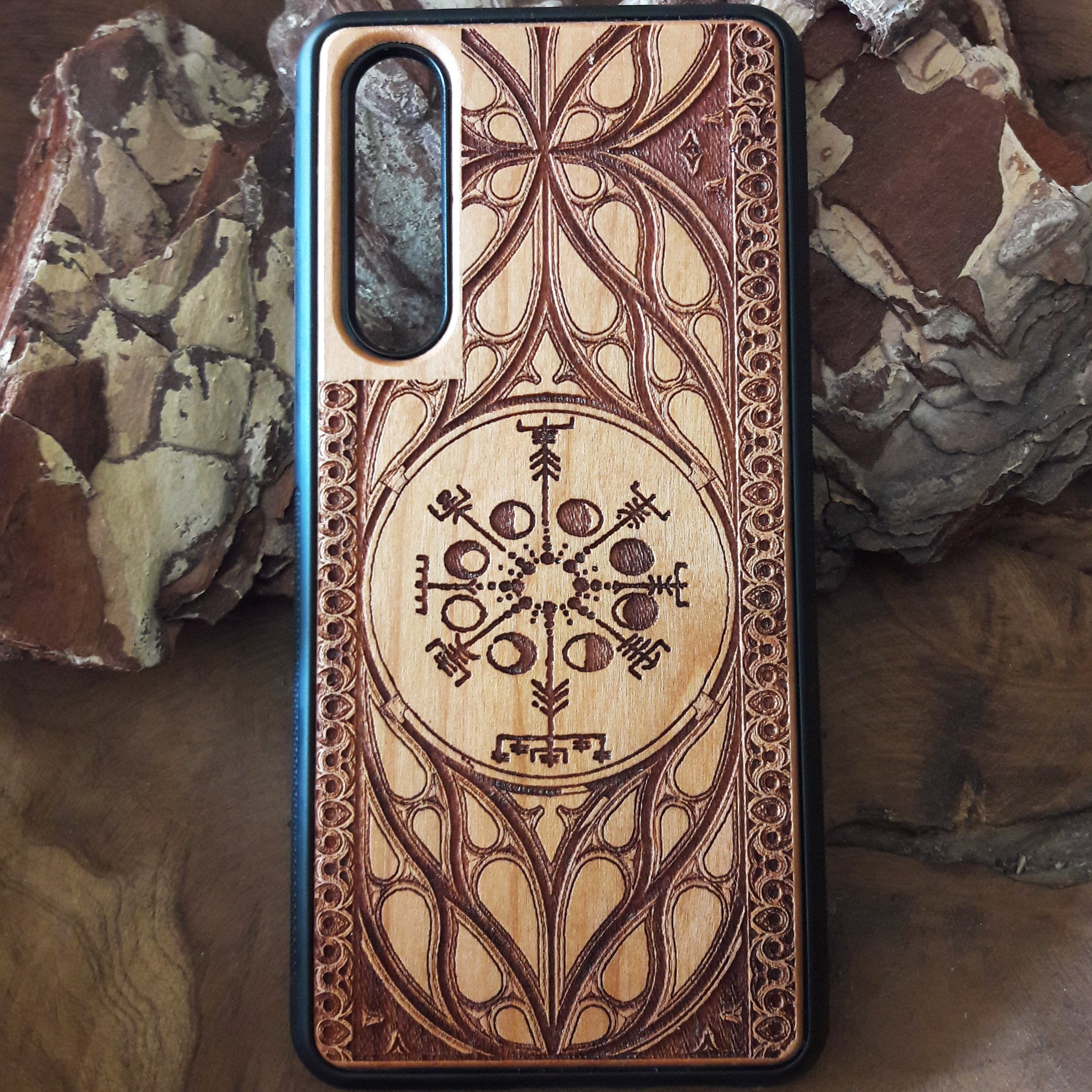 Viking Rune - The Vegvisir Compass Wood Phone Case
