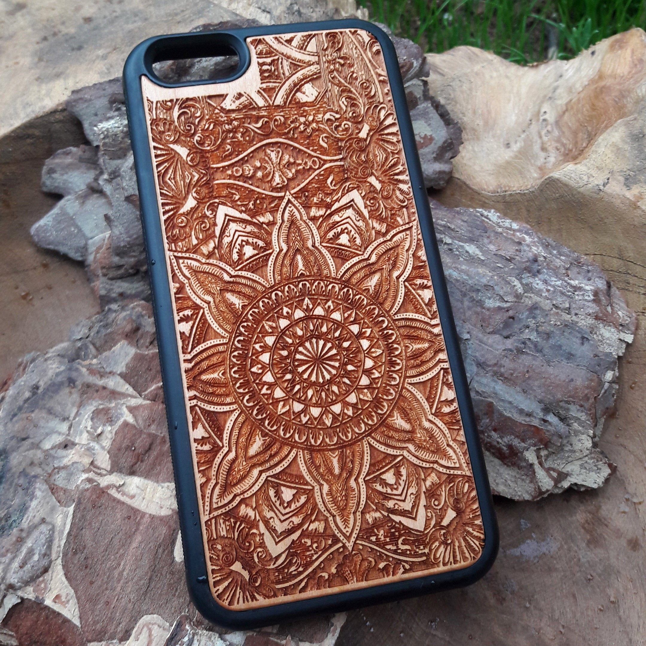 mandala iphone wooden case