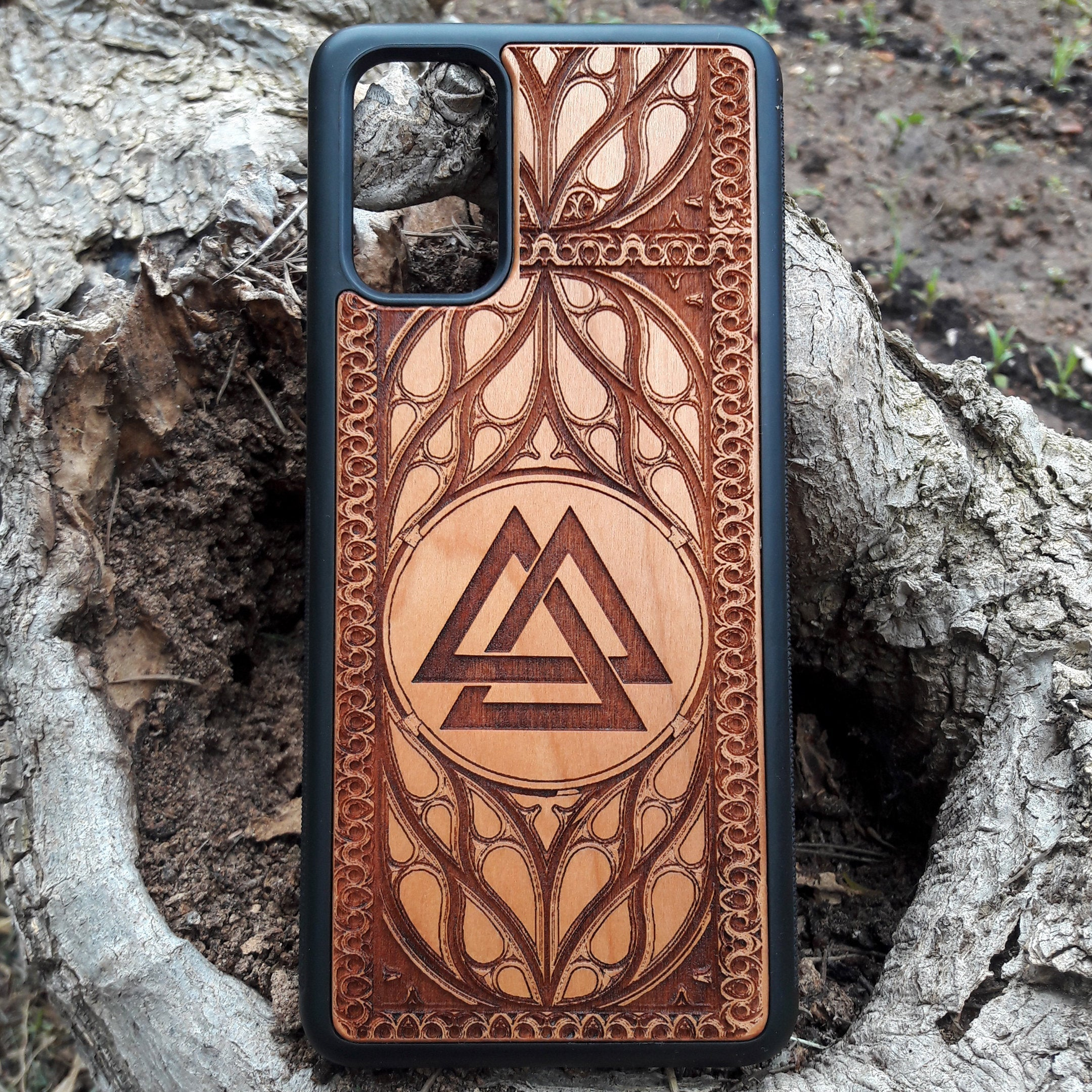 viking valknut phone case
