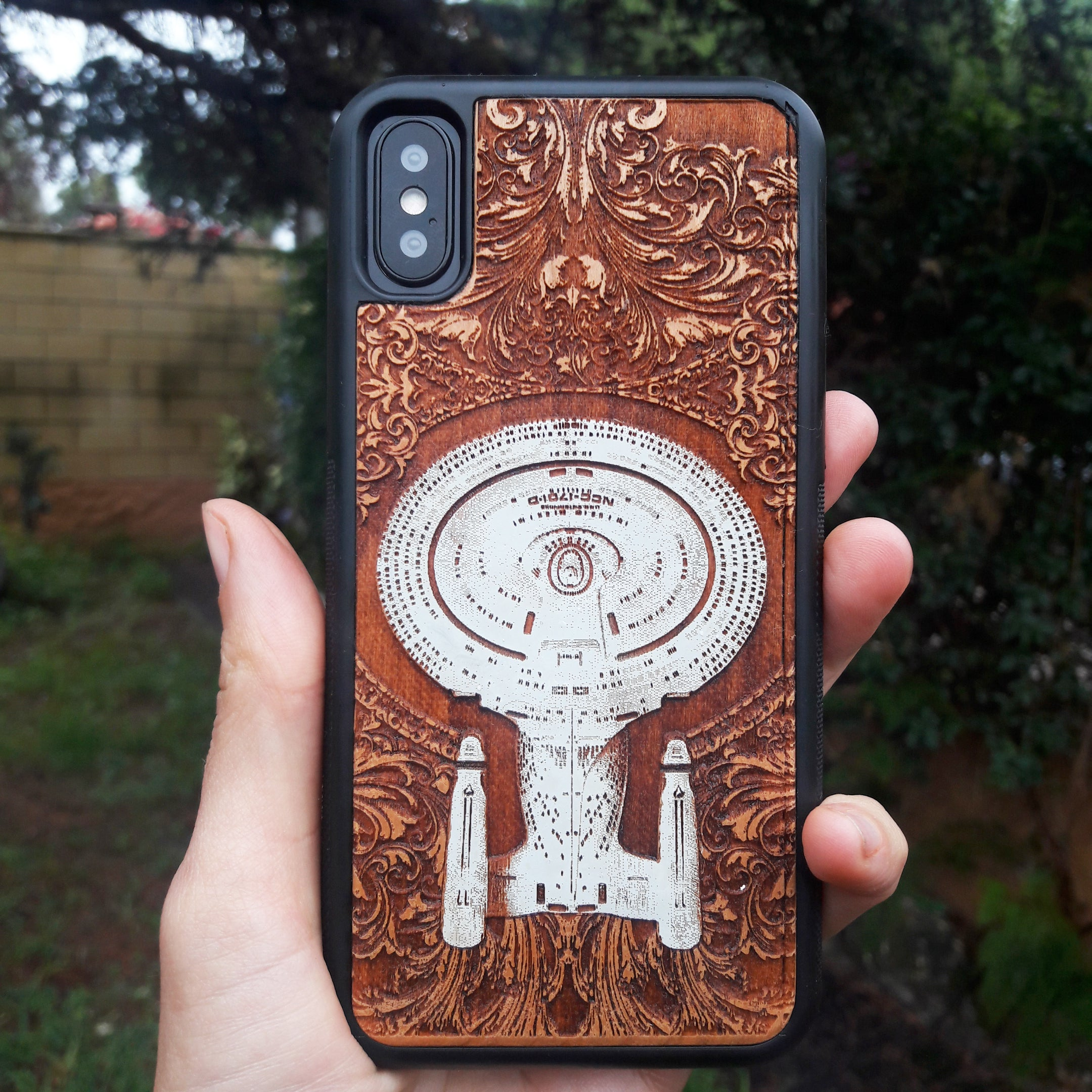 best phone case wood