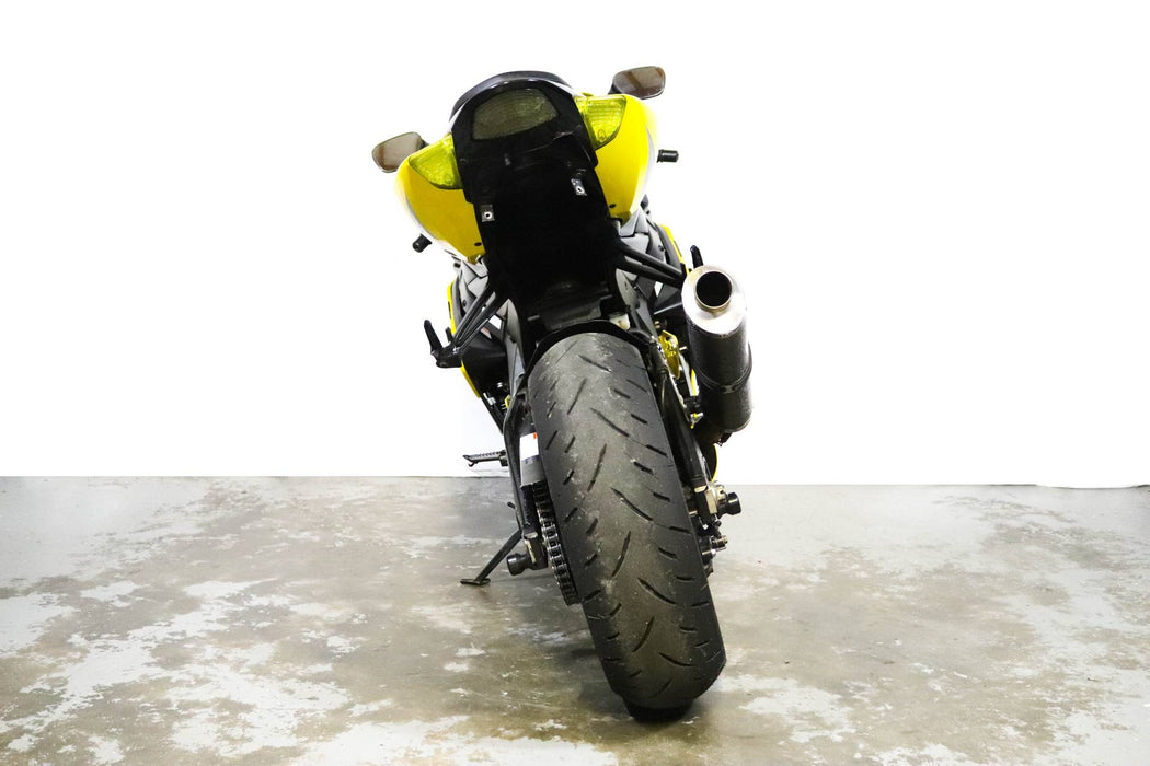 2005 Suzuki GSXR1000 Color: Yellow/Black Mileage: 18,647 Vin: 107646