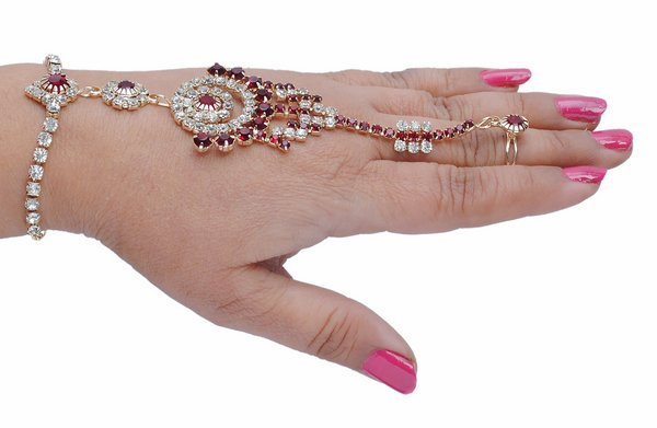 goldpolish maron and white diamond hand ring bracelet-1457